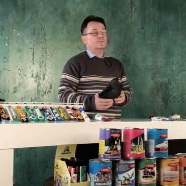 Видео. Полиуретановый клей для обуви- технология склеивания